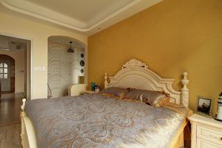 110平地中海三居装修卧室背景墙图片