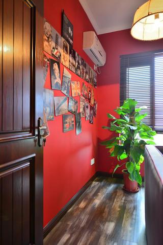 135平现代美式装修照片墙布置图