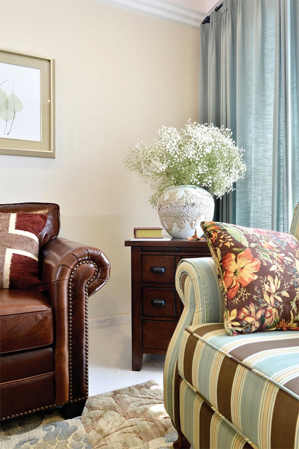 二居室美式混搭风格家客厅一角