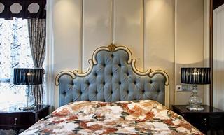 140平欧式装修床头软包图片