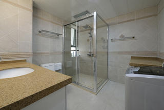 唯美典雅的欧式别墅装修卫生间设计图