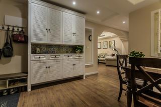 美式风三居之家鞋柜图片