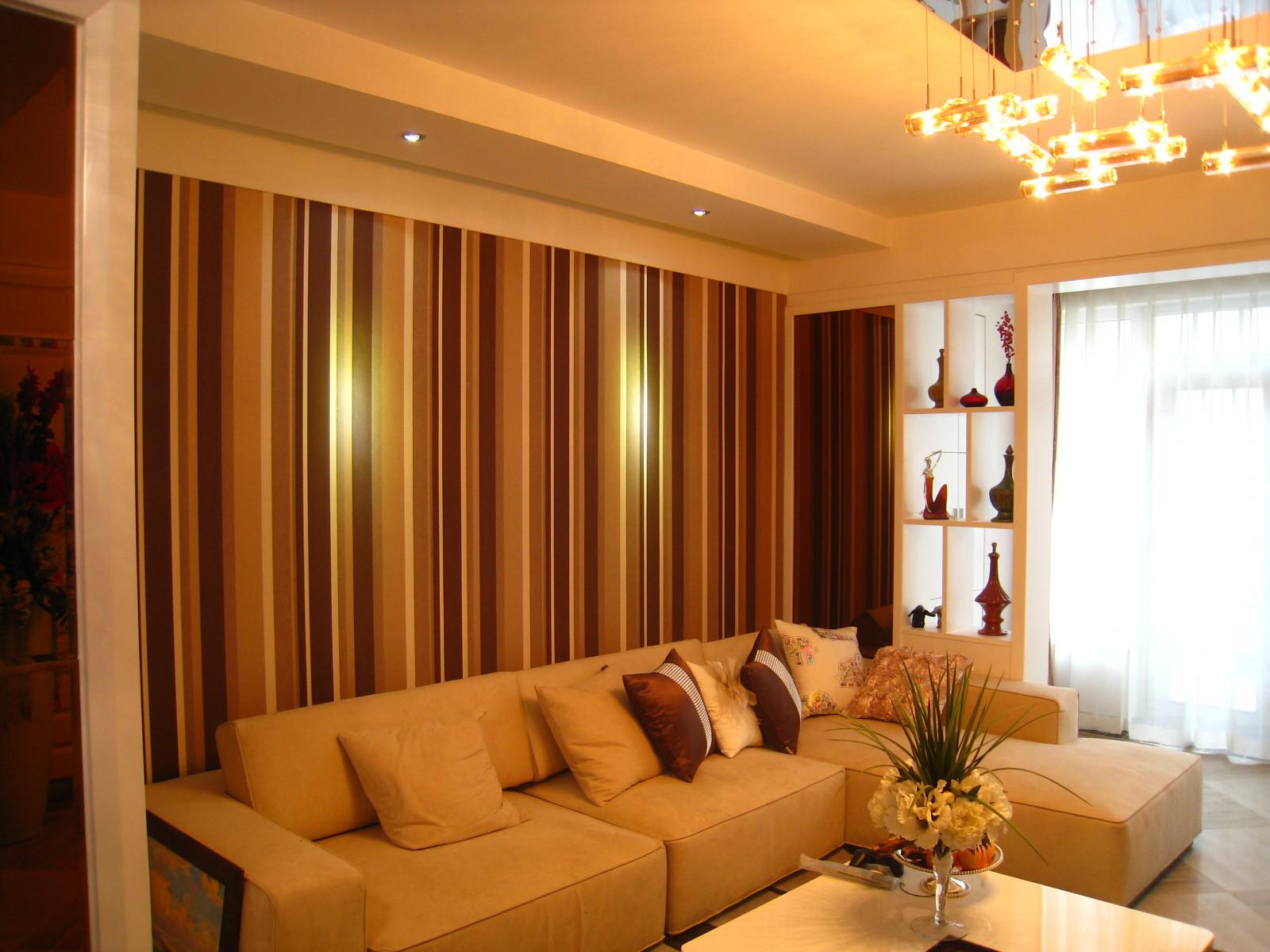 小户型现代简约装修沙发背景墙图片