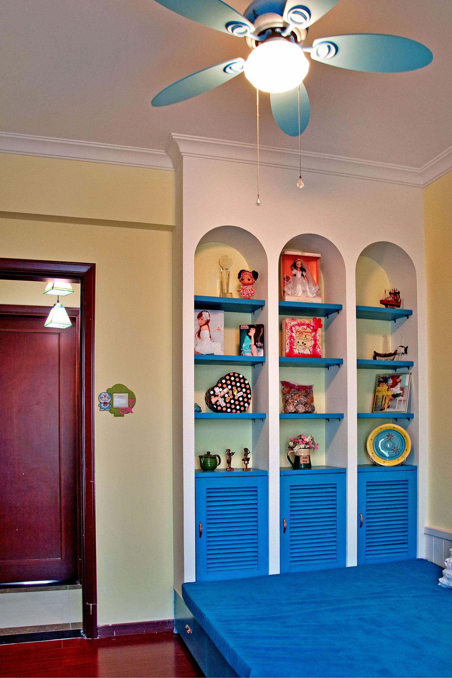 三居室地中海风格吊扇灯图片