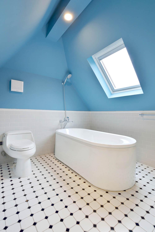 中西混搭别墅设计卫生间搭配图