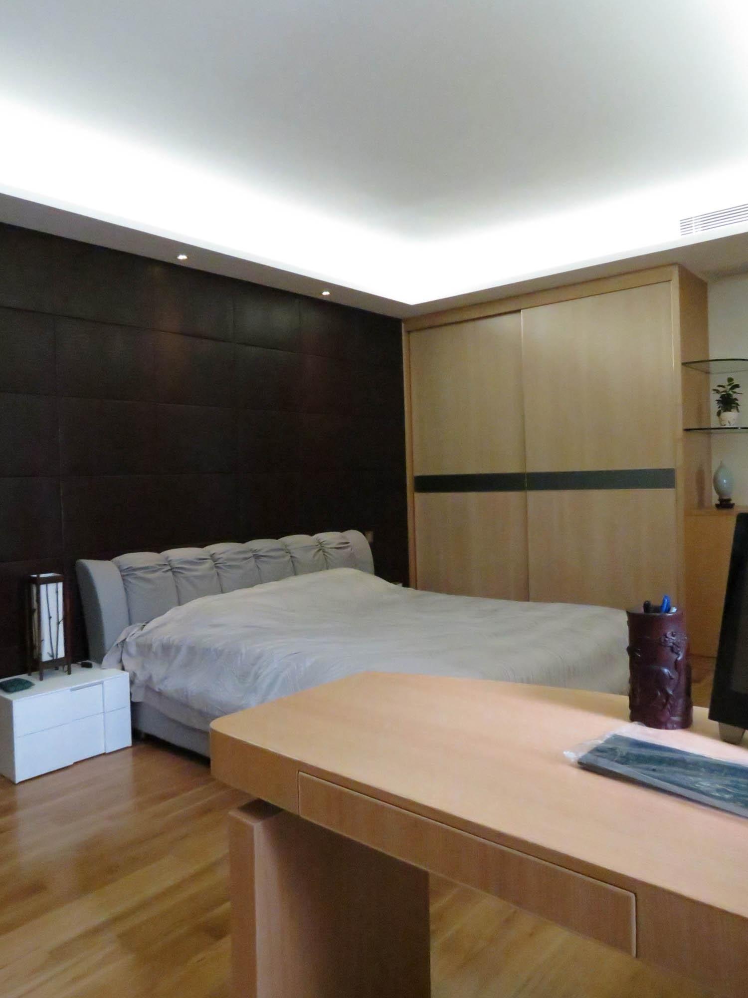 现代简约复式装修卧室背景墙图片