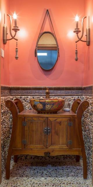 180平混搭装修浴室柜图片