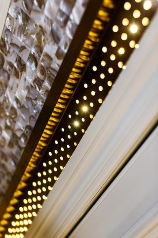 140平欧式装修装饰灯特写