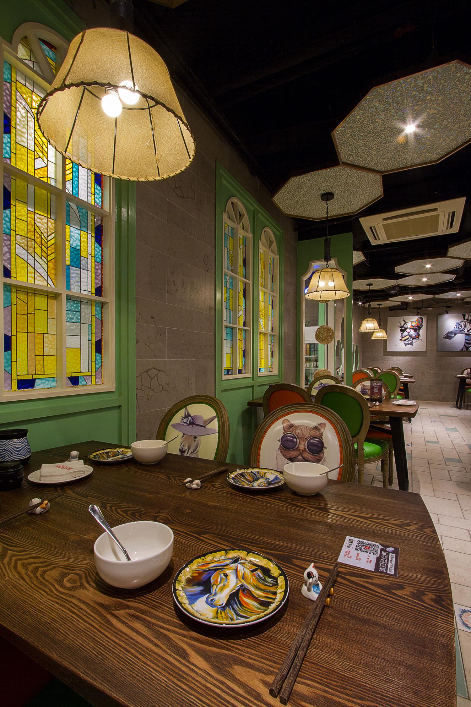 餐厅装修餐桌图片