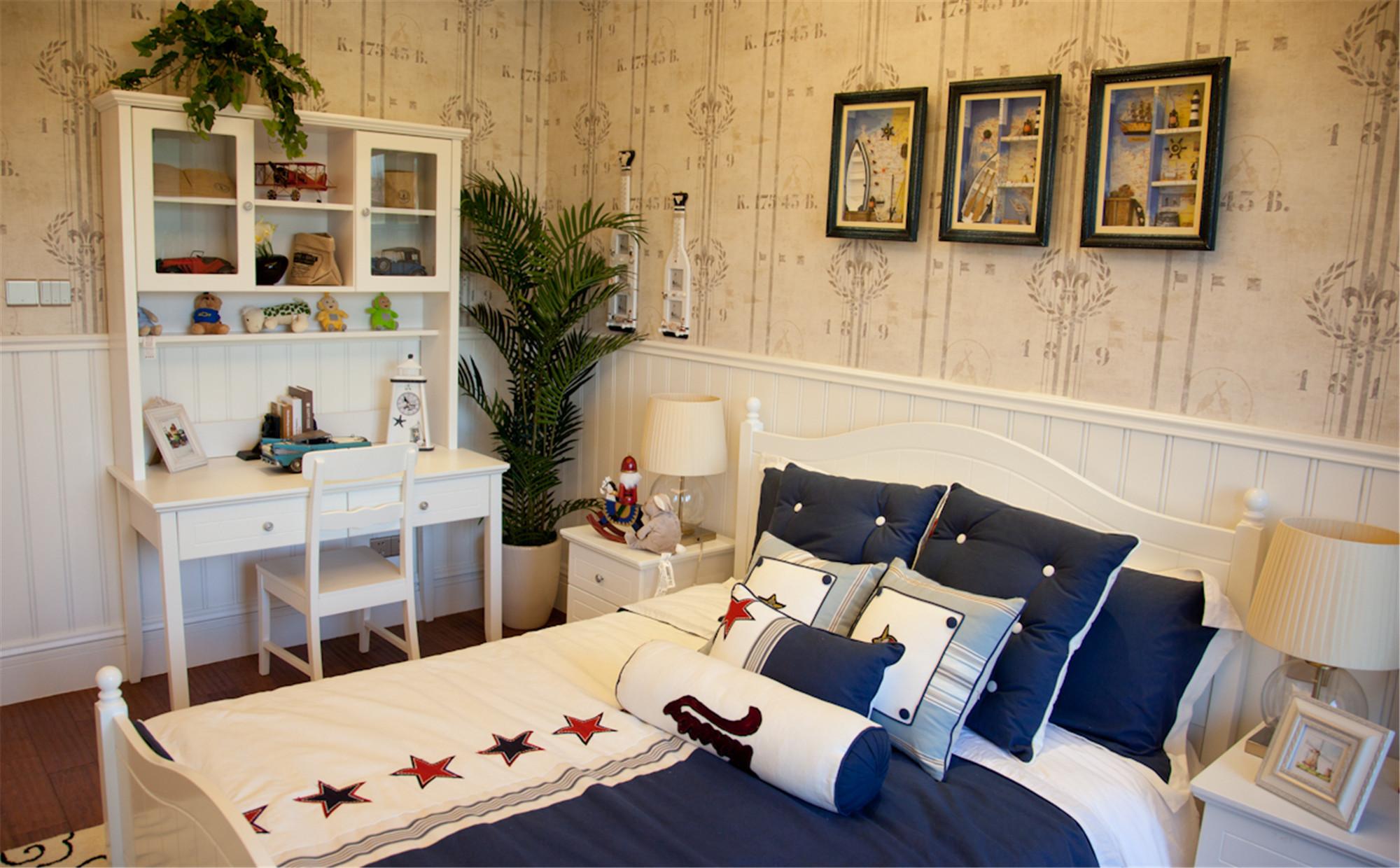 美式风别墅装修床品图片