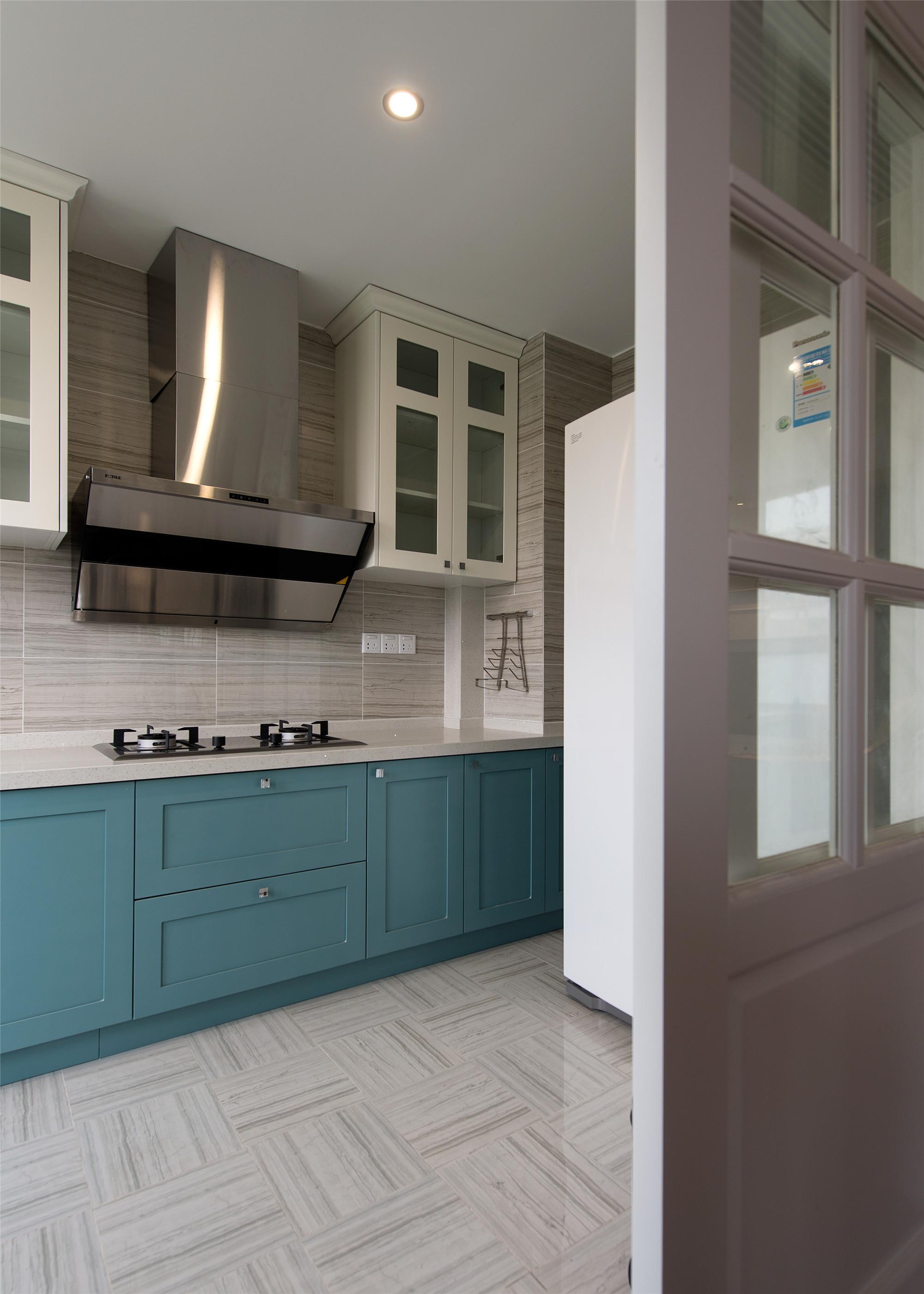190平美式四居室装修厨房搭配图