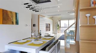现代风格别墅装修餐桌图片