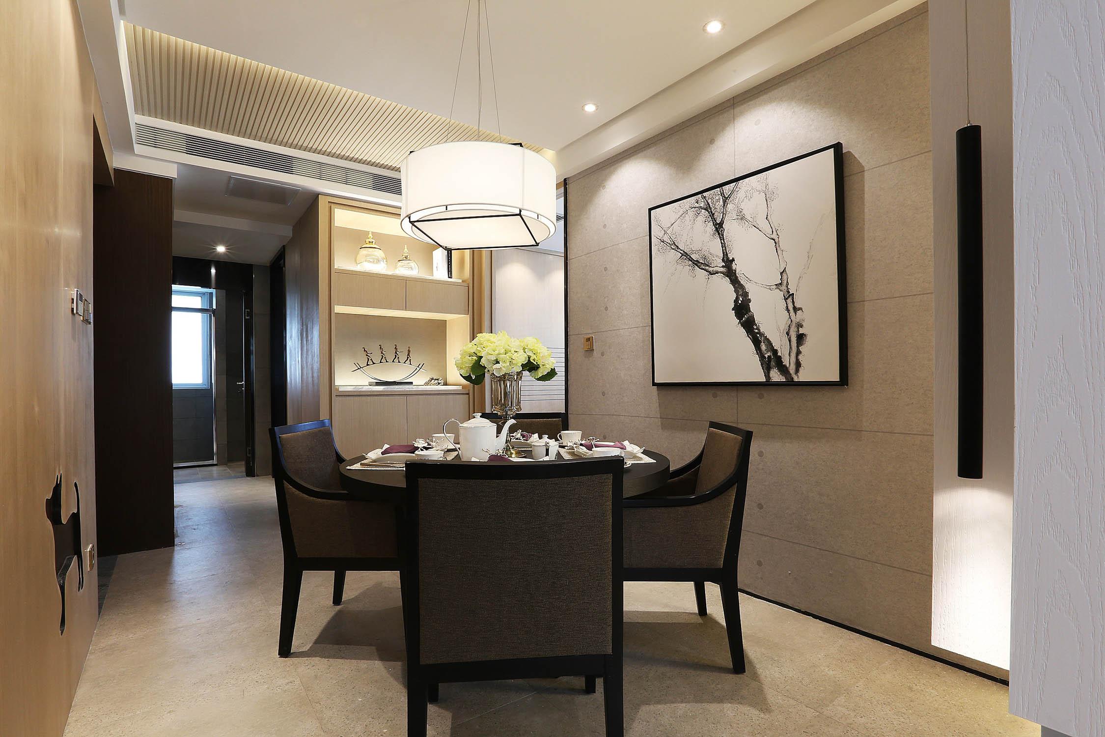 80平简约风设计餐厅背景墙图片