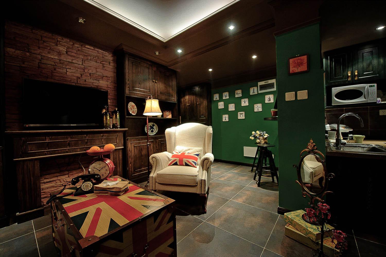 英式复古两居装修客厅设计图