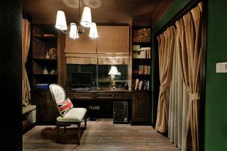 英式复古两居装修书房布局图