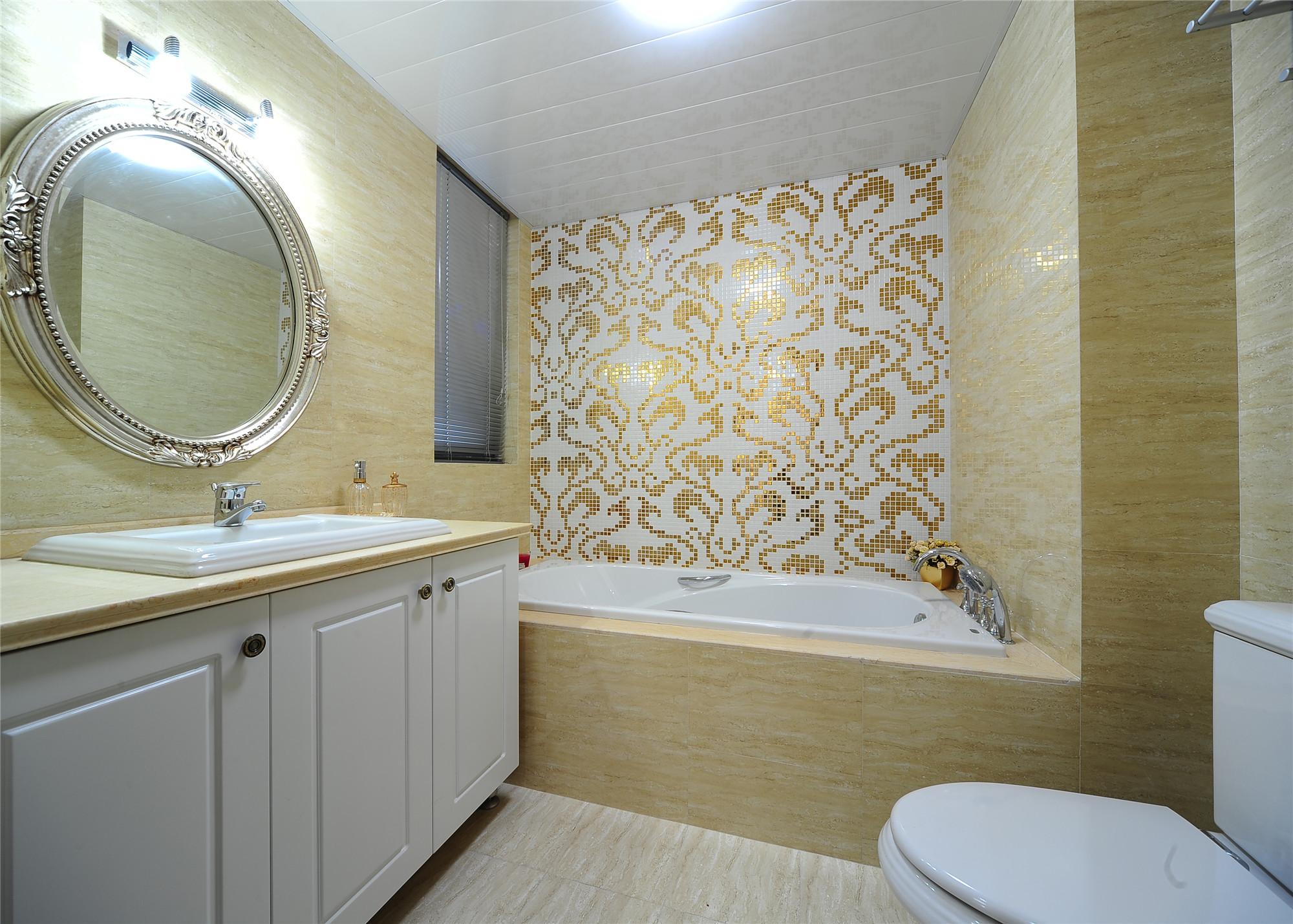 140平新古典风格装修卫生间效果图