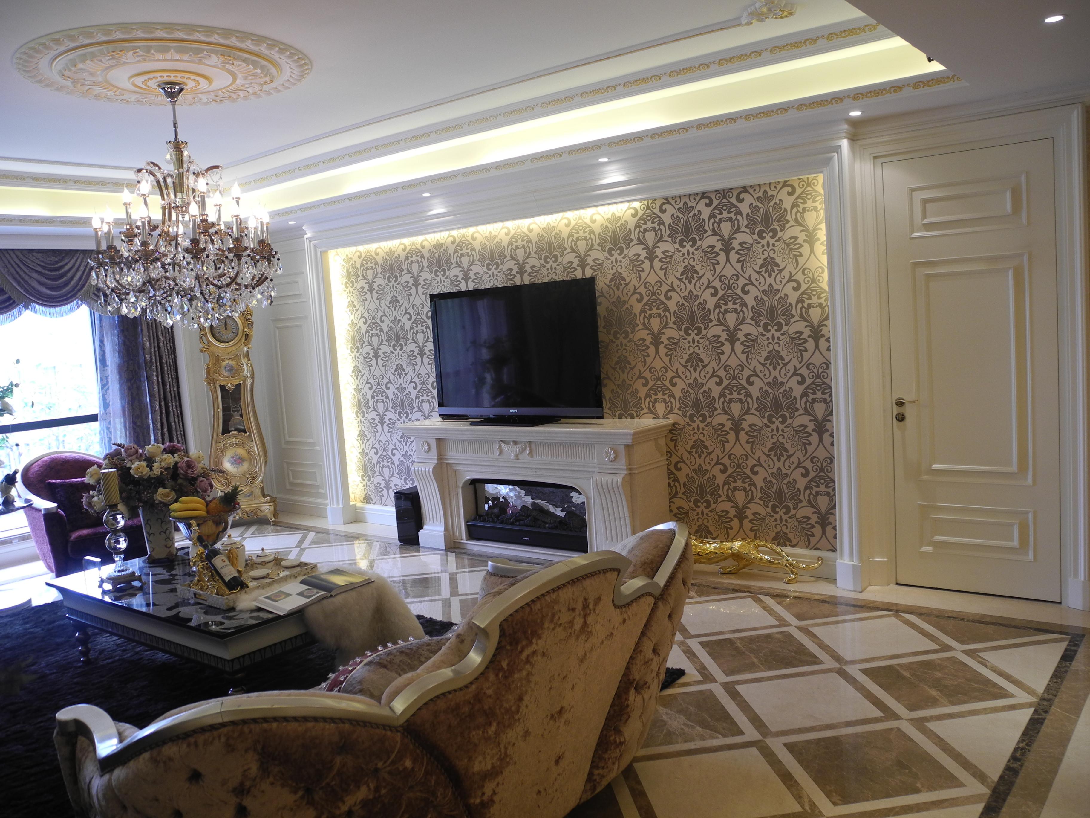 豪华欧式风装修电视背景墙图片