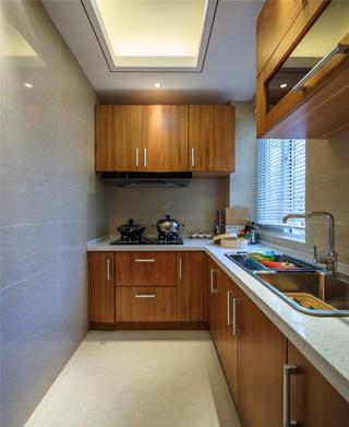 现代简约二居厨房布局图