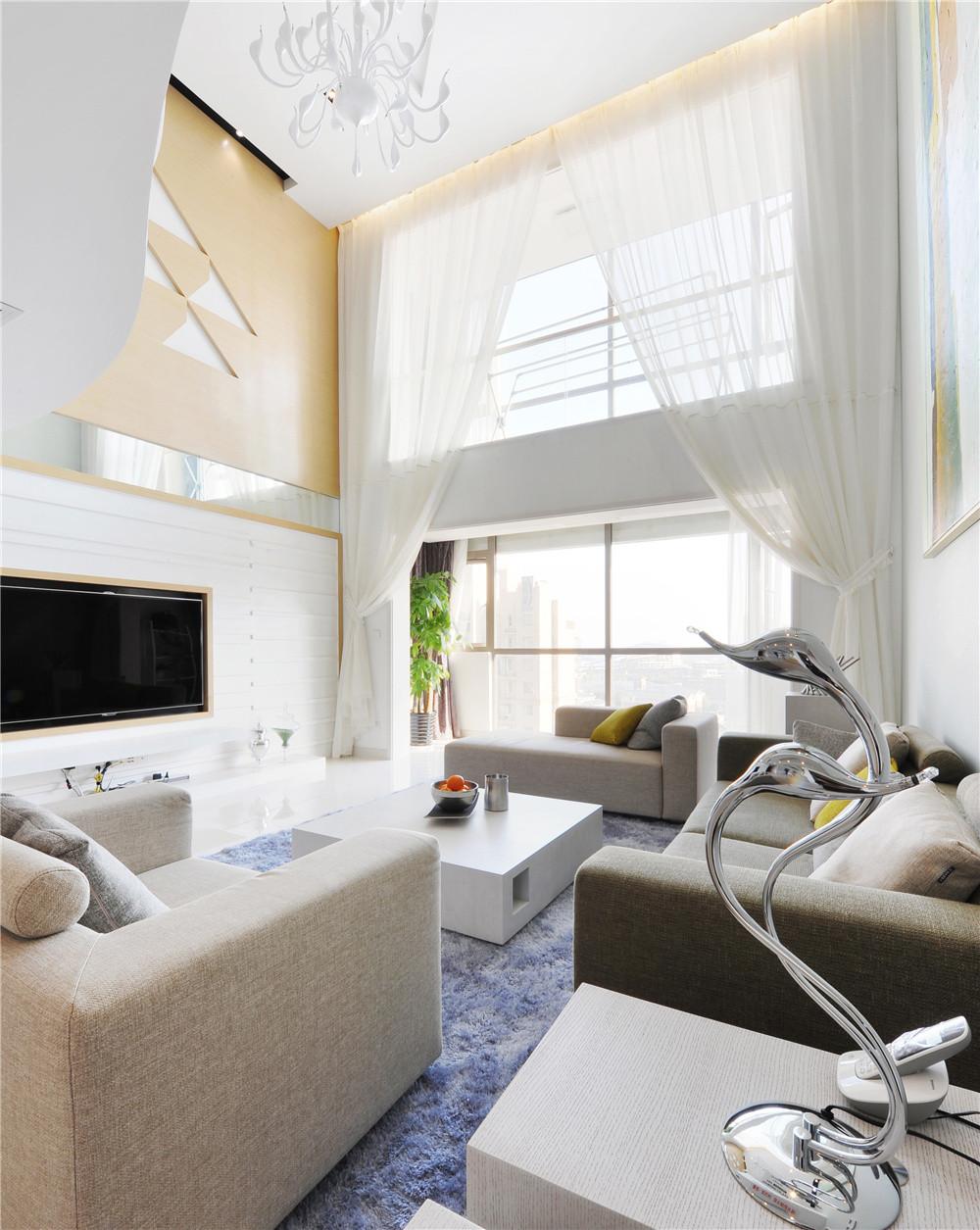 现代风格别墅装修窗帘图片