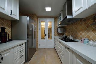 120平美式装修厨房设计图
