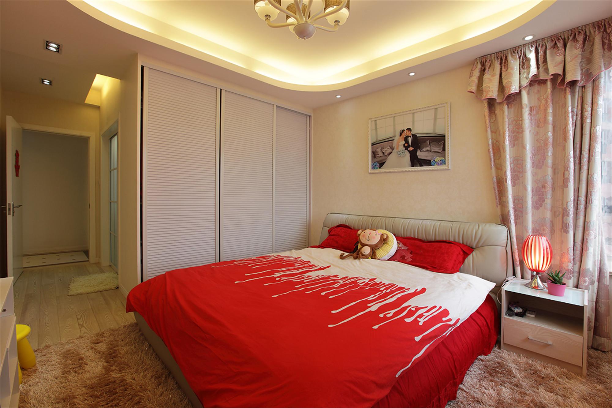 现代简约二居卧室搭配图