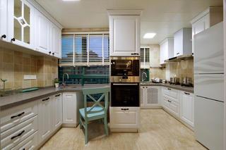 125平美式风格家厨房设计图