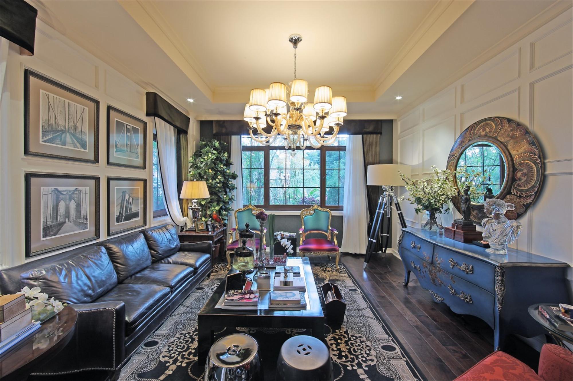 尊贵奢华欧式别墅装修客厅效果图