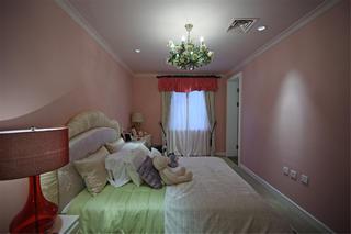 尊贵奢华欧式别墅装修儿童房欣赏图