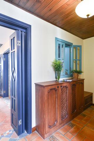 美式三居室玄关设计