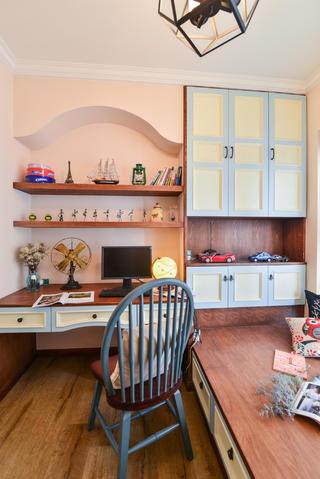 美式三居室书桌图片