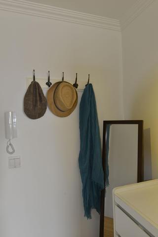 小户型公寓装修衣帽挂件