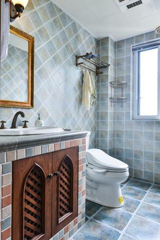美式三居室卫生间布局图