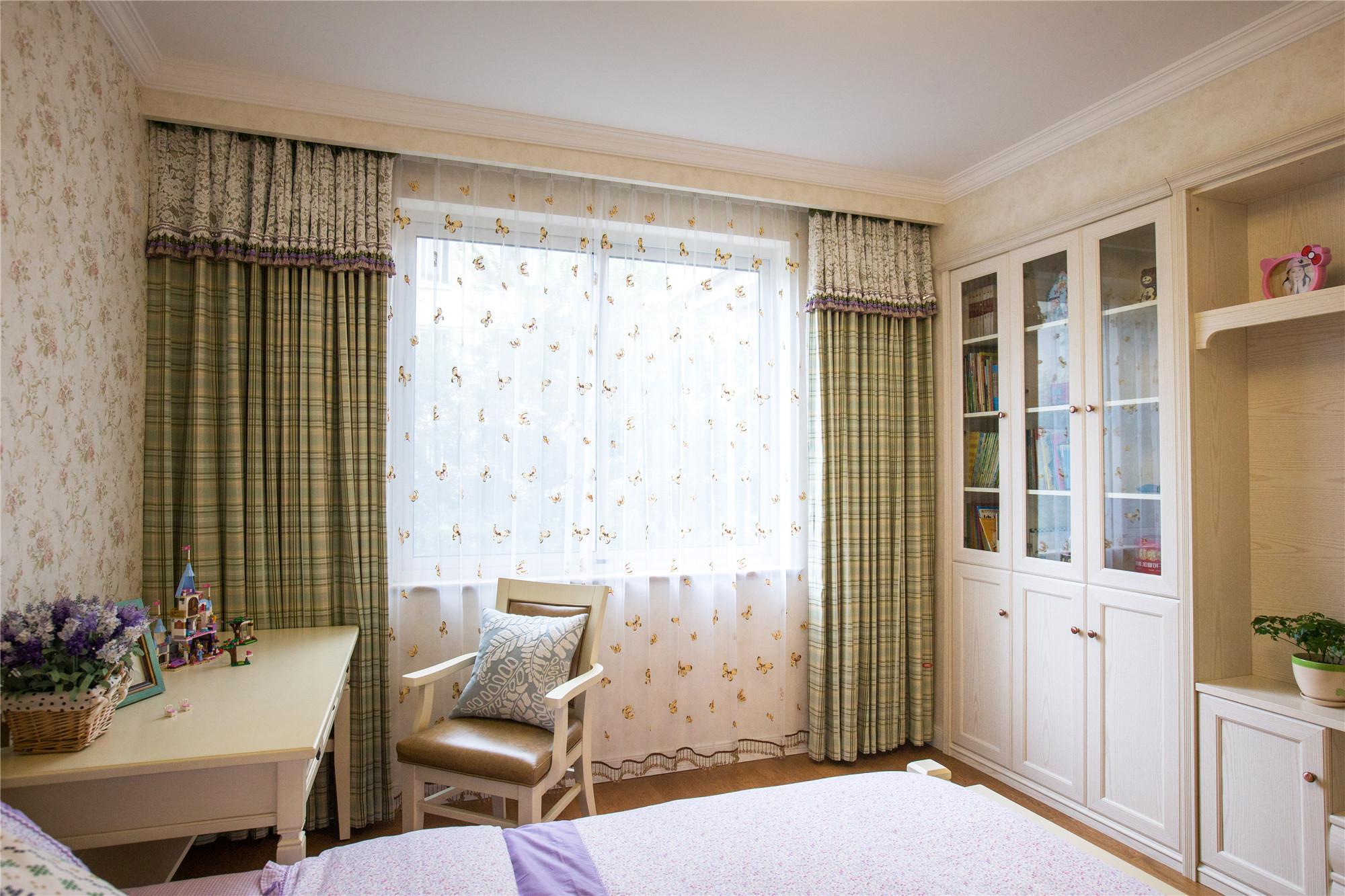 150平美式风格家窗帘图片