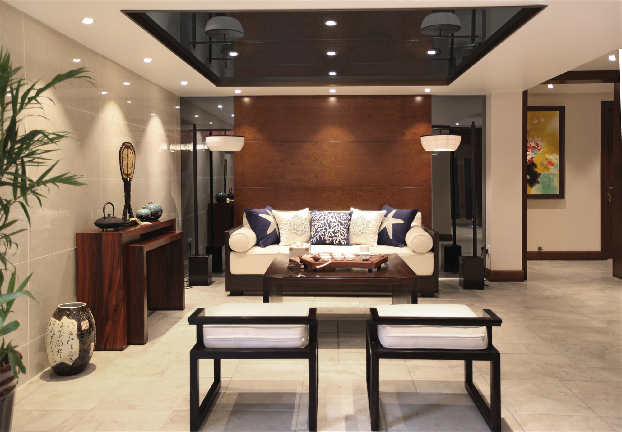 新中式别墅装修沙发背景墙图片