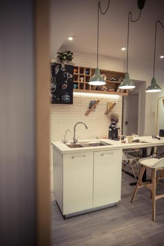 北欧风二居之家餐厅设计图