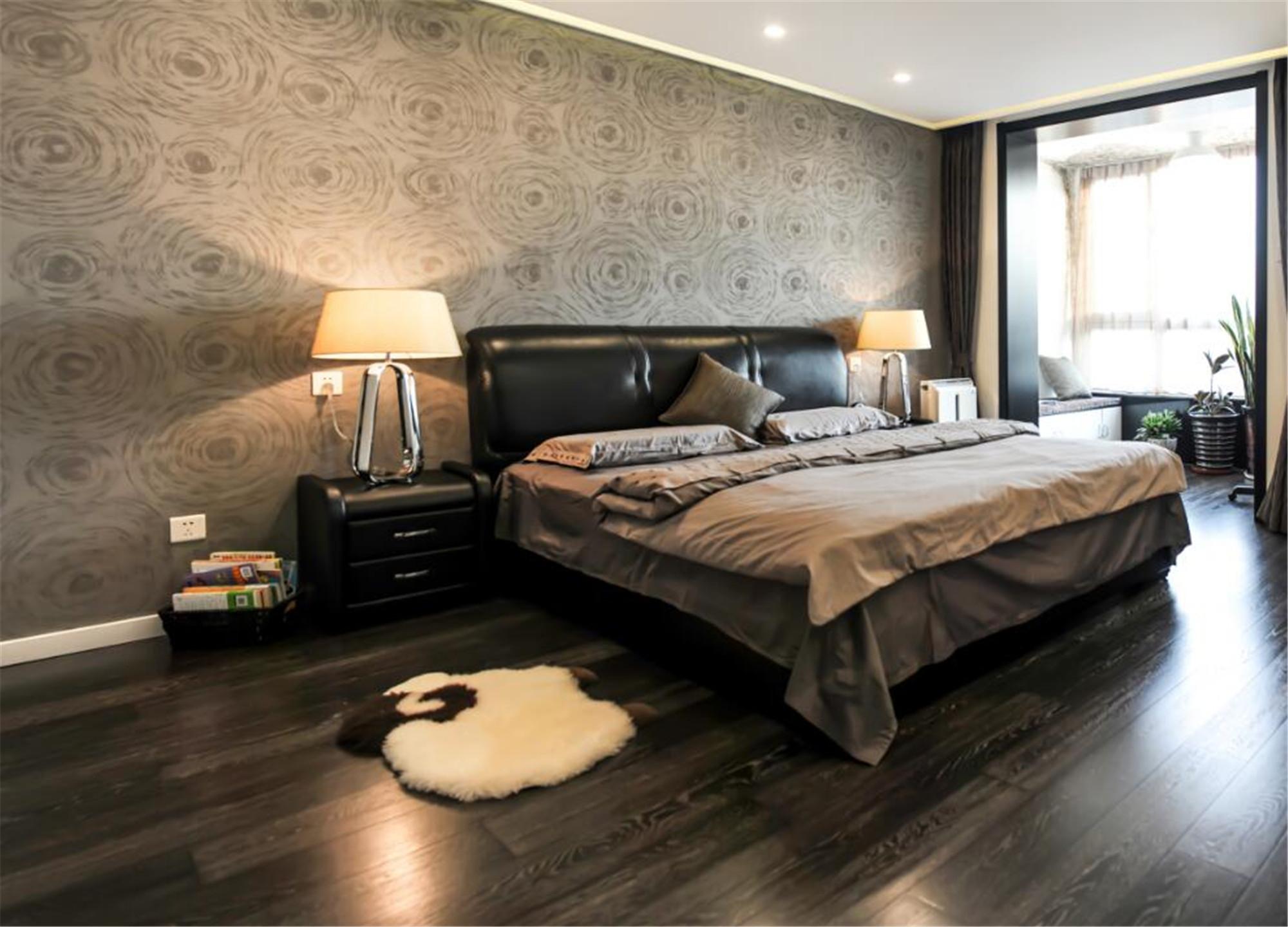 现代简约装修卧室布置图