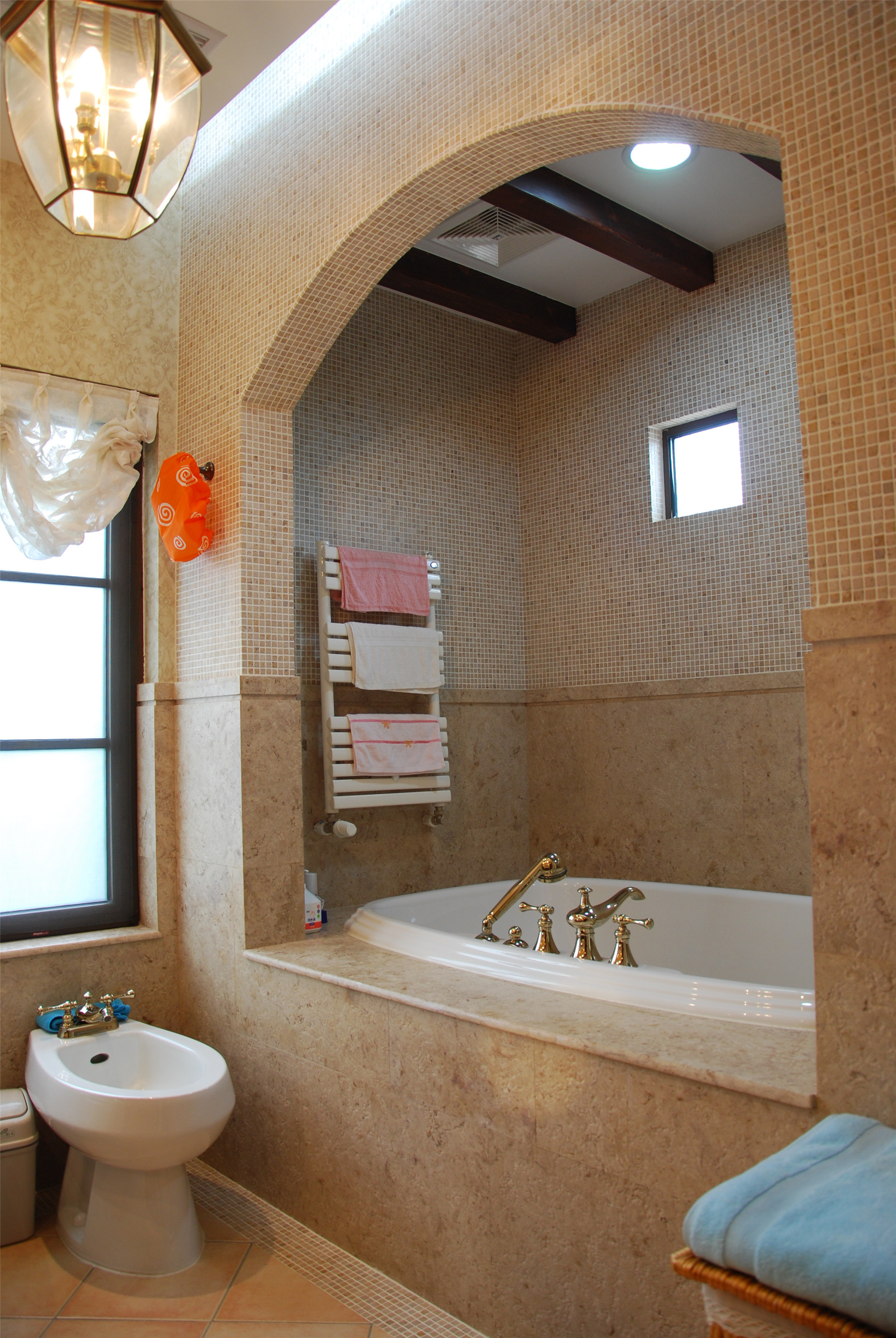 150平美式风格装修卫生间装潢图