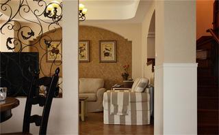 美式跃层装修沙发背景墙图片