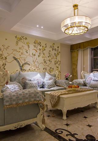 140平简欧三居装修沙发背景墙图片