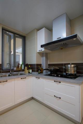 现代简美三居之家厨房构造图