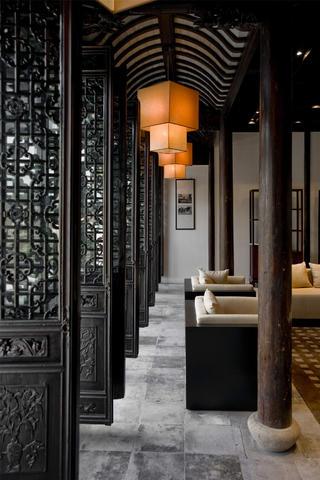 中式茶馆装修门窗图片