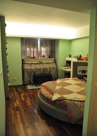 现代风格三居室装修儿童房设计图