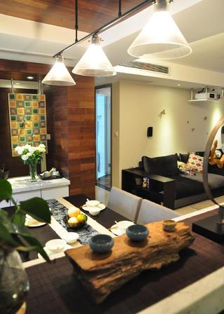 现代风格三居室装修吊灯设计