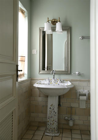 大户型美式装修洗手台图片