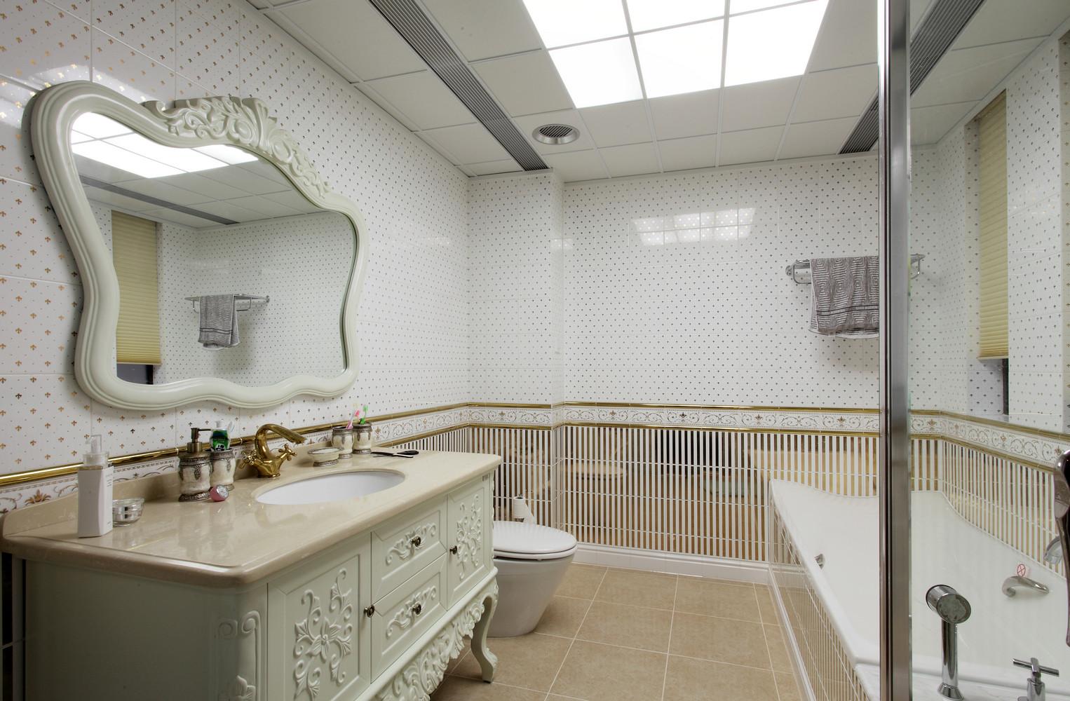 欧式风格四居装修卫生间布局图
