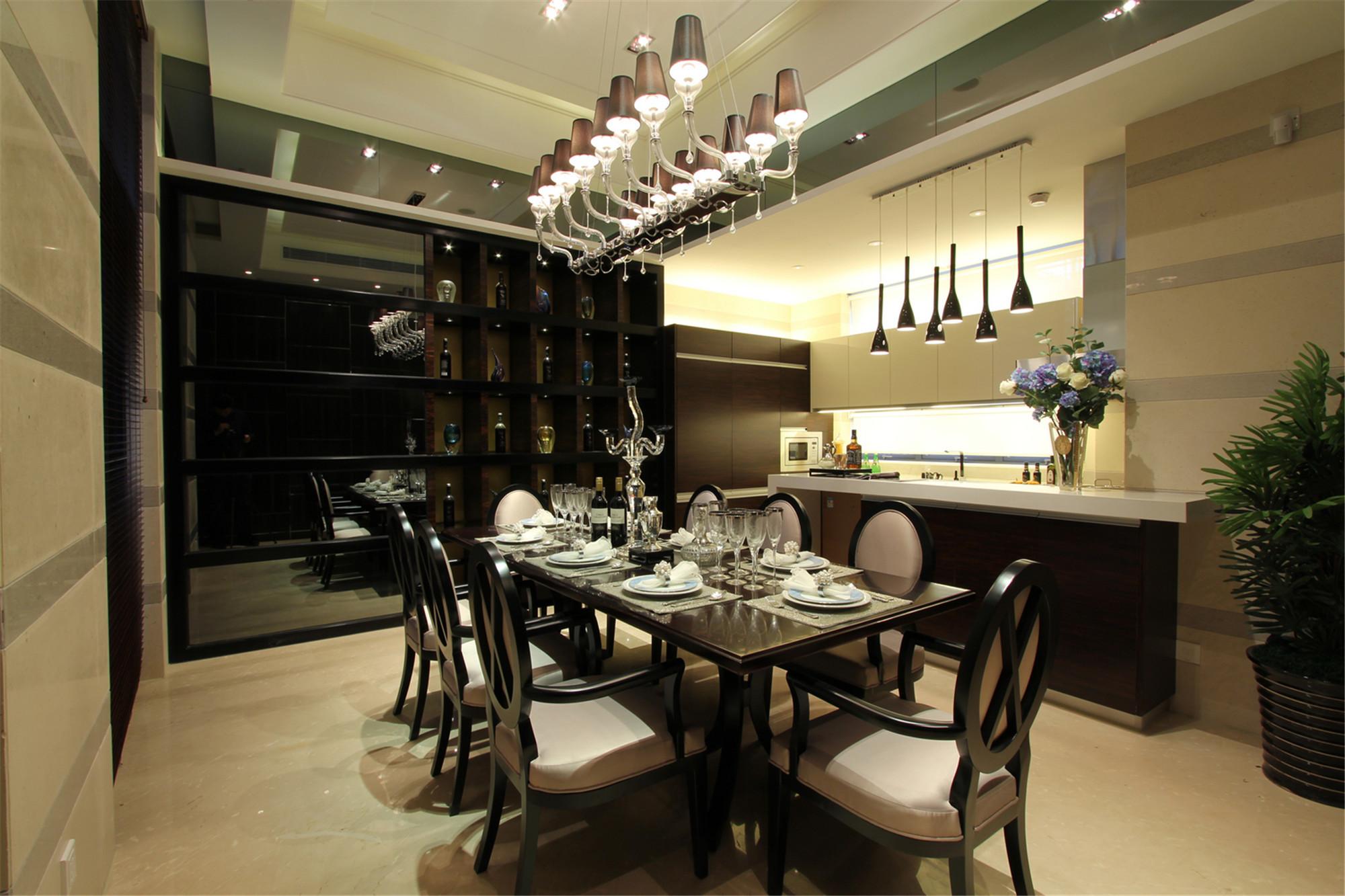 新古典别墅装修餐厅效果图设计图