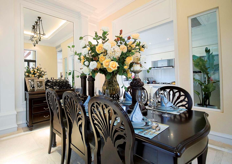 复式别墅装修餐桌椅设计