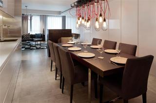180平高级公寓装修餐桌椅图片