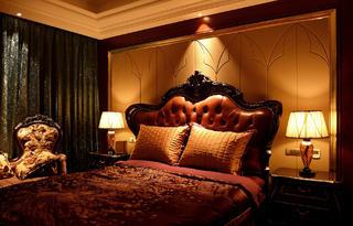 新古典装修卧室布置图