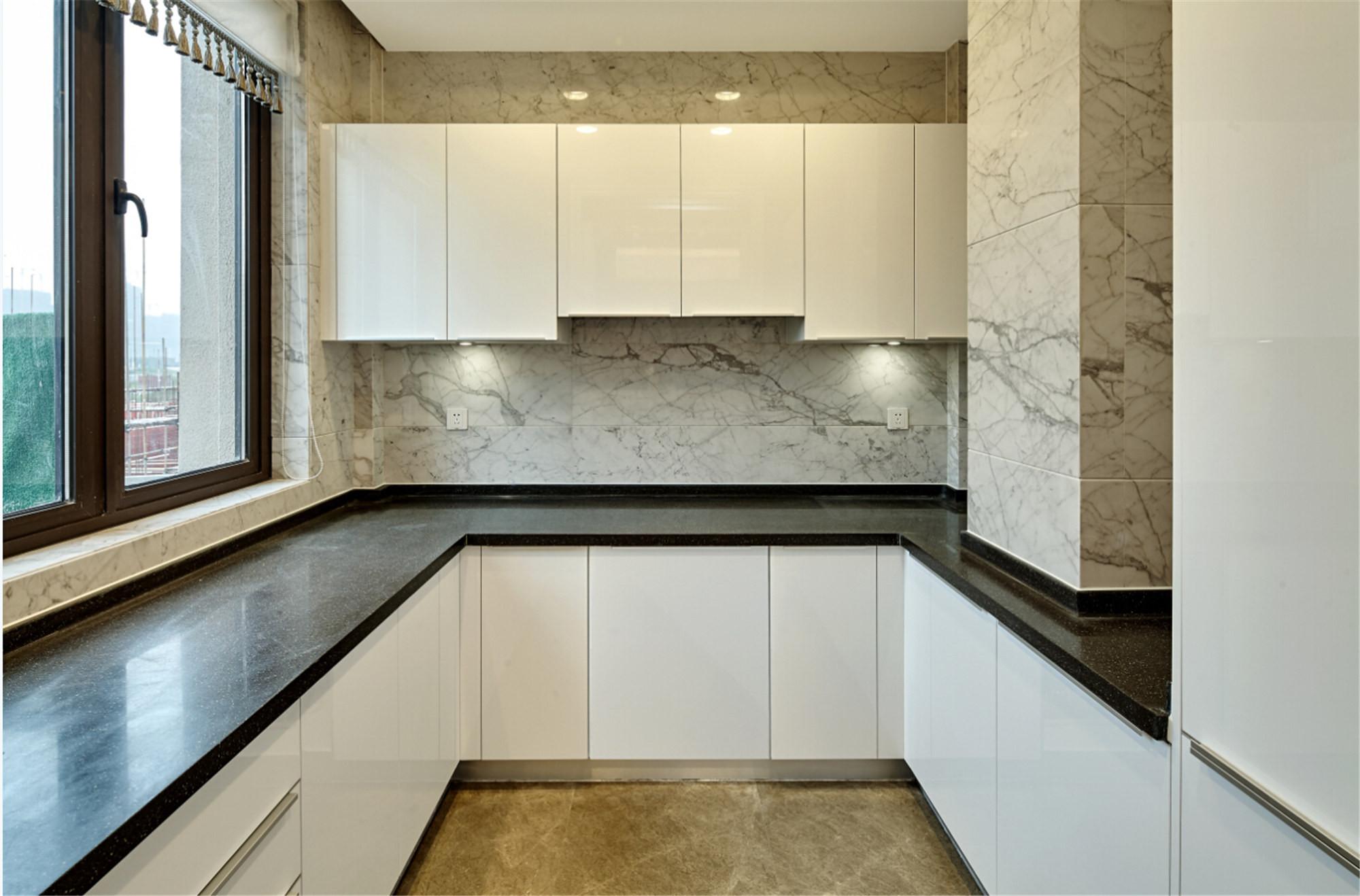 法式别墅装修厨房设计图